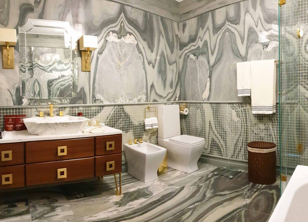 Moscow suite Master-bathroom